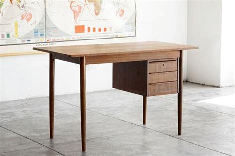 table bureau bois bureau bois design 50 belles propositions