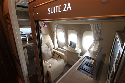 emirates airline class cabin review emirates new class suite on b777 300 er