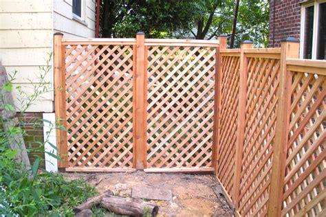 lattice fence potomac fences 187 flatboard fence with lattice top