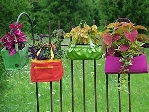 Stunning Low-Budget Container Gardens Landscaping Ideas