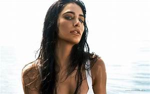 Nargis Fakhri 13 Unknown Facts about this Rockstar Actress