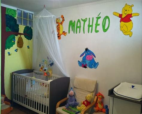 décoration winnie l ourson chambre de bébé decoration chambre bébé winnie l 39 ourson bébé et