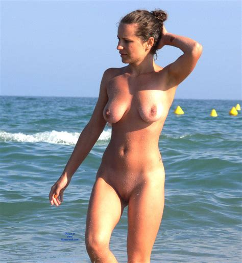 Naked Beach Walking March Voyeur Web Hall Of Fame