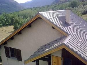 Tole Pour Toiture : finition toiture tole rev tements modernes du toit ~ Premium-room.com Idées de Décoration