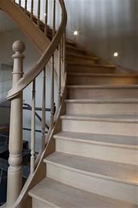 Peinture marches effet vieilli chavernay pinterest for Superb couleur pour une cage d escalier 16 papier peint tendance 50 idees pour une maison moderne