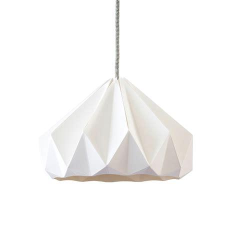chambre toute blanche suspension origami chestnut blanche studio snowpuppe pour