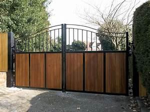 Portail Coulissant Bricoman : fixation portillon fer portail coulissant bricoman ~ Dallasstarsshop.com Idées de Décoration
