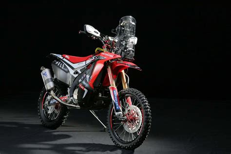 Honda Crf250rally Wallpapers by Hrc Shows The 2014 Honda Crf450 Rally Race Bike