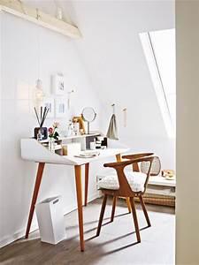 Zimmer Mit Dachschrägen Einrichten : unterm dach schlafzimmer mit schr gen einrichten ~ Bigdaddyawards.com Haus und Dekorationen