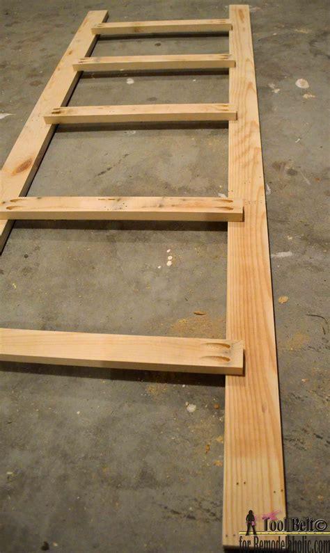 remodelaholic build  easy blanket ladder