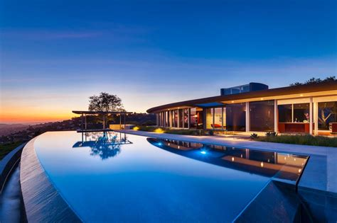 Infinity Pool : Forever Dreaming Of Infinity-edge Pools? Check Out These