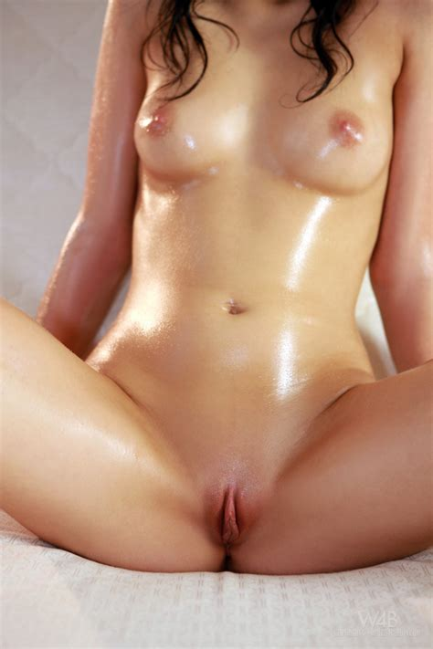 Seductive Teen Posing Nude By Watch Beauty Erotic