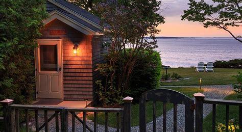 camden maine bed  breakfast charming cottage