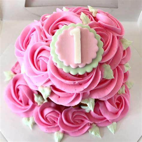 birthday giant cupcake roses smash cake