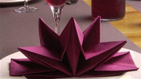 Pliage Serviette Original Serviette Papier Prepliee Pliage Etoile Bordeaux Etui De 12