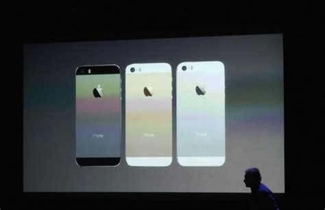 iphone 5c release iphone 5s and 5c apple confirms uk release date pricing