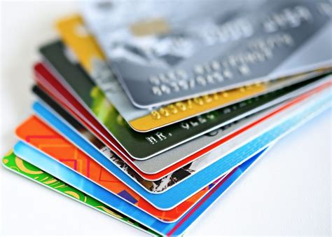 Credit cards can assist in unexpected expenses, they can help aid in rebuilding credit and so you're looking to put a new credit card into your wallet or purse. The Best Credit Cards of 2020 for Students Starting From ...