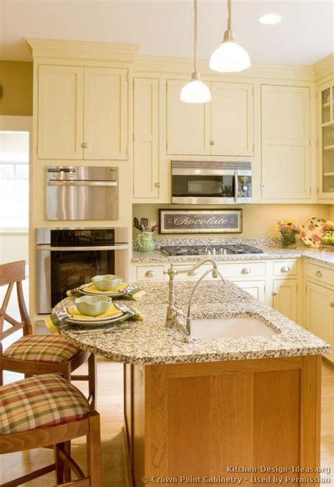 country cottage kitchen cabinets traditional antique white kitchen cabinets soft but a 5952