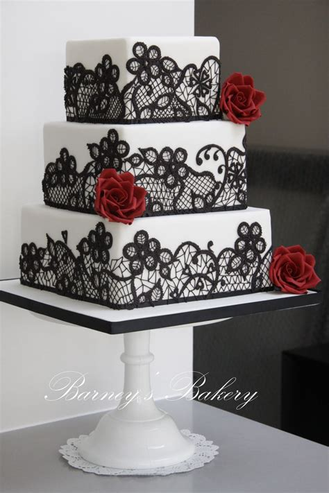Square Black Red And White Wedding Cake Deer Pearl Flowers