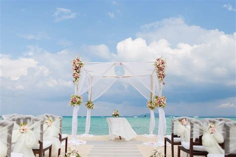 10 Insanely Romantic Beach Wedding Destinations In