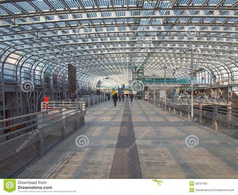 Metropolitana Torino Porta Susa by Stazione Di Torino Porta Susa Immagine Stock Editoriale