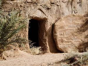 FreeBibleimages :: The resurrection of Jesus and the empty ...