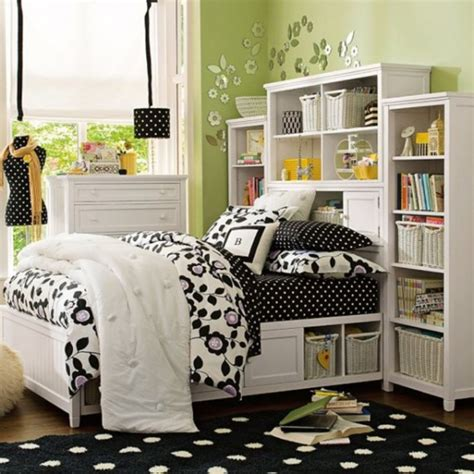 College Dorm Room  Ideas Of Distributing The Nuance