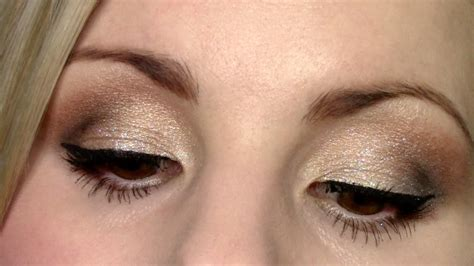 eyeshadow tutorial glittery gold wet  wild comfort zone