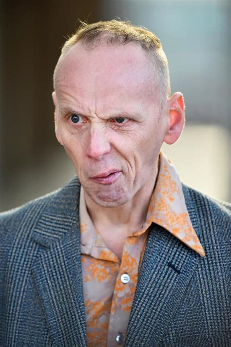 music legend alan mcgee the man who discovered oasis wants trainspotting s ewen bremner to