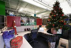 Decorating office cubicles for christmas holiday decorations