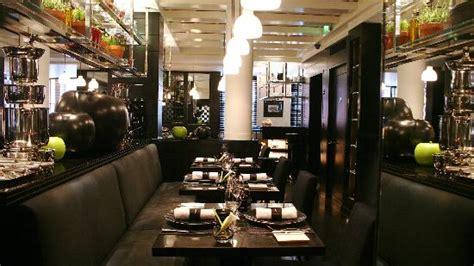 la cuisine de joel robuchon la cuisine table seating picture of l 39 atelier de joel