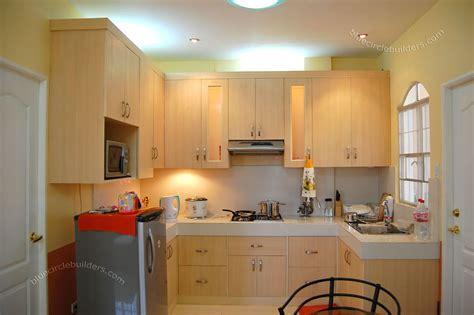 pin  rebekah yeargin  tiny living kitchen design