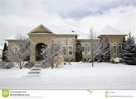 bungalow home  snow stock image image  bungalow
