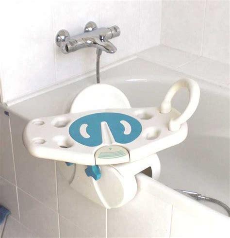 si e de bain pivotant siège de bain siège de bain pivotant aquasenior