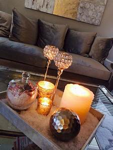 Furniture table decoration with green and silver ball for Coffee table christmas decorations