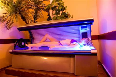Sunroom Tanning by Top 10 Sunbed Tanning Creams