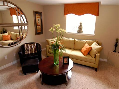Inspiring Sitting Room Decor Ideas For Inviting And Cozy: Window Treatments: 4 Inspiring Valances