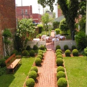 lawn and garden decoration ideas tips to decorate lawn