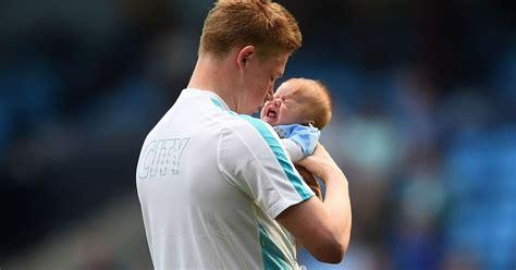 Man City star De Bruyne's adorable message to his baby boy ...