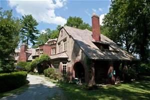 e-WV   Exhibit: Historic Houses of Charleston