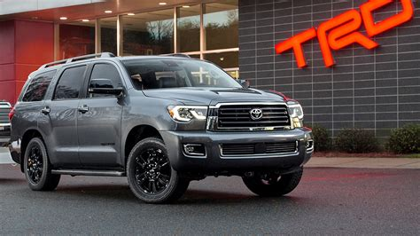 toyota sequoia towing capacity towing