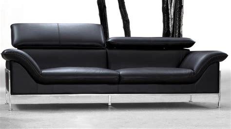 canapé cuir noir design canapé 2 places design pour salon confortable shawn