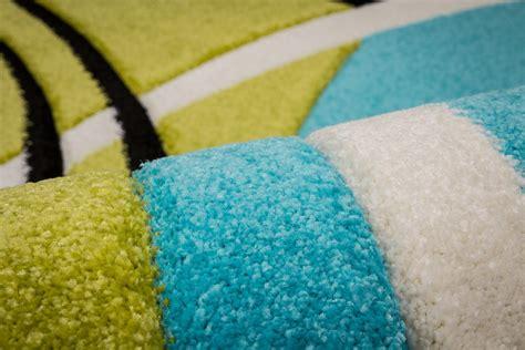 tapis bleu et vert indogate chambre et bleu