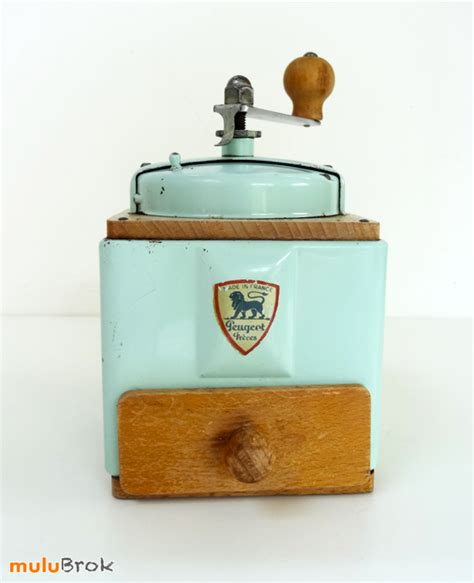 jeux de l ecole de cuisine de vintage moulin à café peugeot mint mulubrok brocante en ligne