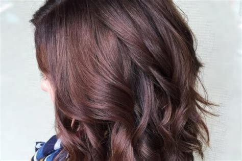 brilliant burgundy hair color ideas trending
