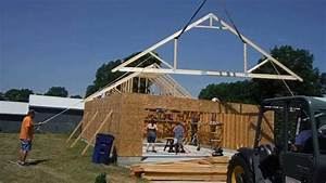 Setting trusses 2 youtube for 40 foot trusses