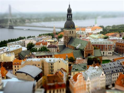 Russian Courses in Latvia - Lingua Service Worldwide