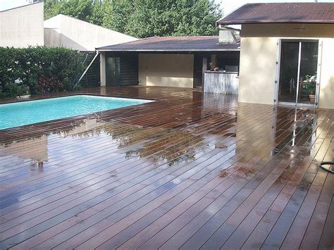 carrelage plage piscine imitation bois sedgu