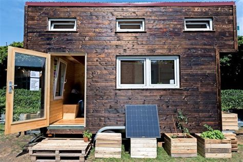 Tiny Häuser Bilder by Hannover Ecovillage Mit Tiny Houses In 214 Kosiedlung Bzw