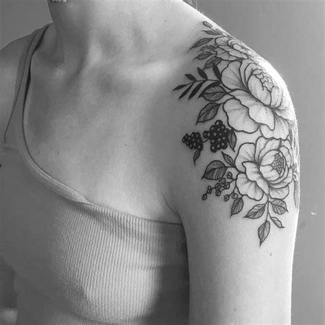 foto de loral shoulder cap for allycraddock #tattoo #art #artist
